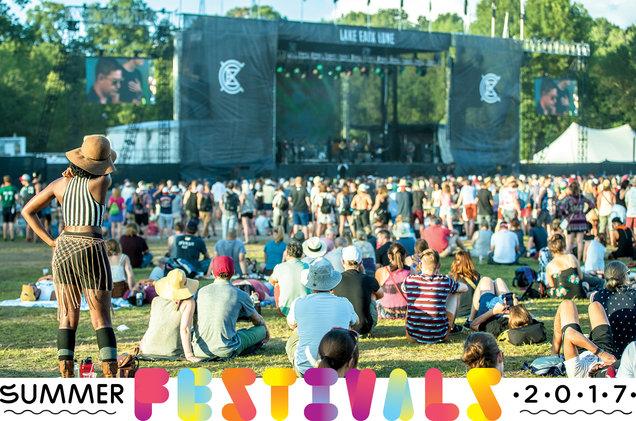 03-festival-crowd-cr-Mike-Diskin-bb9-2017-billboard-1548