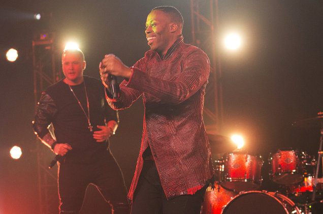"""Neon Dreams featuring Kardinal Offishall perform """"Marching Bands"""" at the 2017 Juno Awards at the Shaw Centre in Ottawa, Canada on April 1, 2017."""