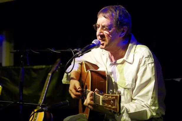 Bert Jansch, British Folk Legend, Dies at 67