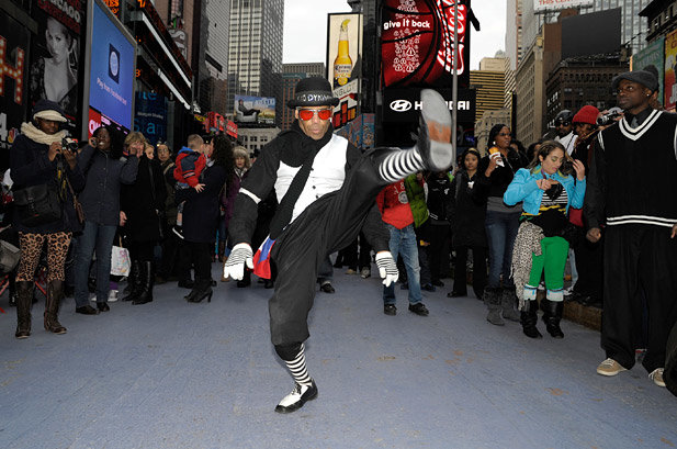 'Soul Train' Flash Mob Hits Times Square to Honor Don Cornelius