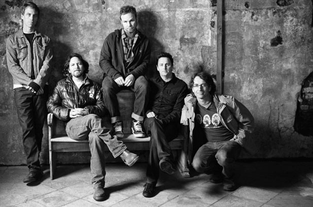 Pearl Jam Scores First No. 1 On Billboard 200 In 13 Years