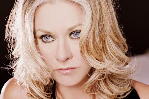 Shelby Lynne Plots Own Course With 'Tears'