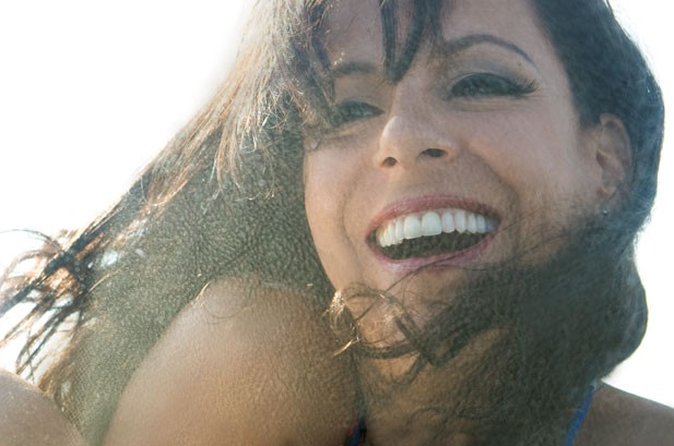 Bebel Gilberto Goes 'All In' With Verve