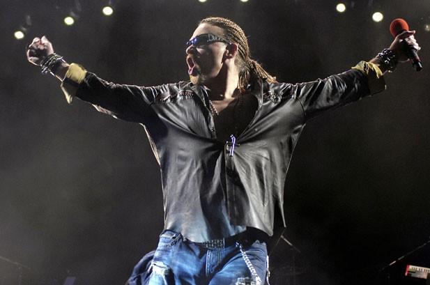 Guns N' Roses 'Vigorously Contests' Lawsuit