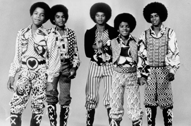 Chart Beat Wednesday: Michael Jackson, Taylor Swift, Norah Jones