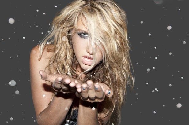 Ke$ha Holds Off Taylor Swift On Hot 100