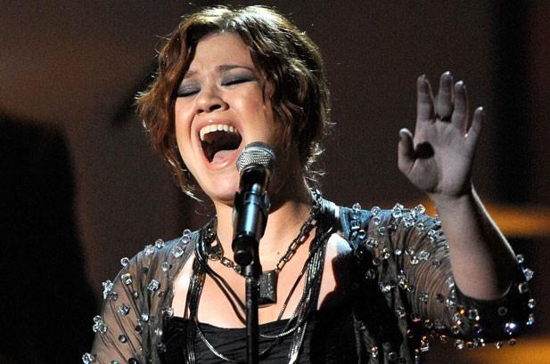 Photos of the Week: Adam Lambert, Susan Boyle, Whitney Houston, Bon Jovi