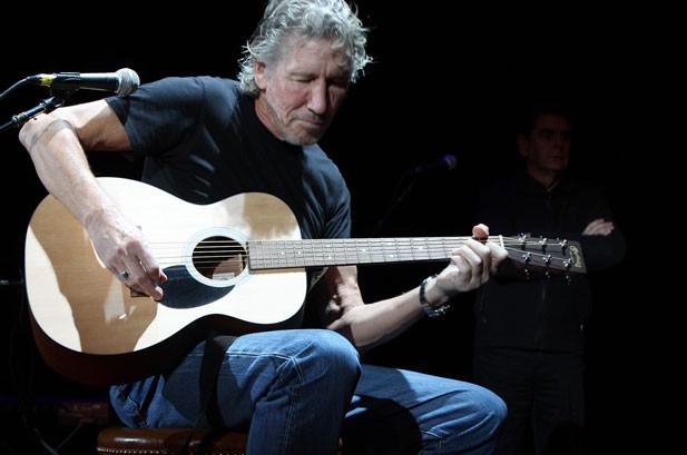 Roger Waters: Band Can Rewrite Pink Floyd Song As Anthem