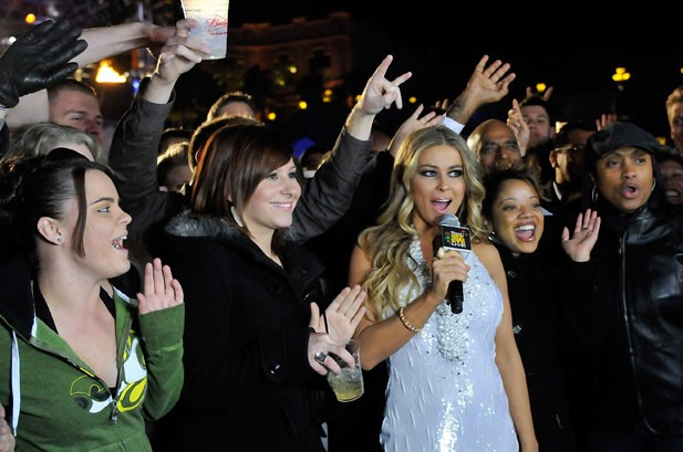 Photos: The Stars Ring in 2010