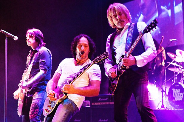 Thin Lizzy Considering Return to the Studio