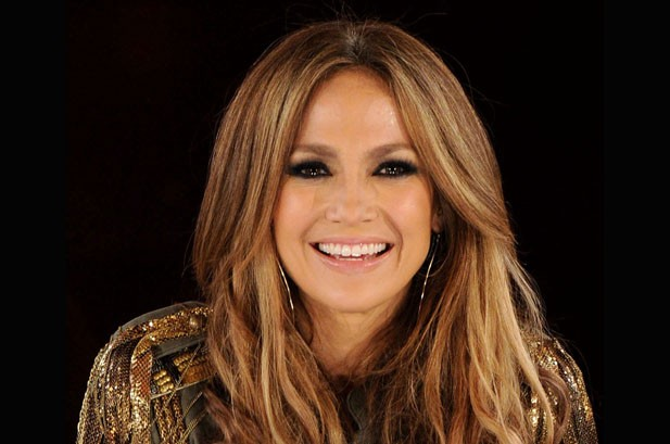 Jennifer Lopez Finalizes 1-Year, $12 Million 'Idol' Deal: Report