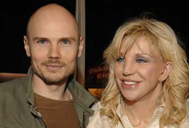 Courtney Love Issues Facebook Apology to Billy Corgan