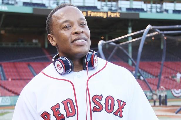 Dr. Dre, Timbaland Surprise Graduation Party