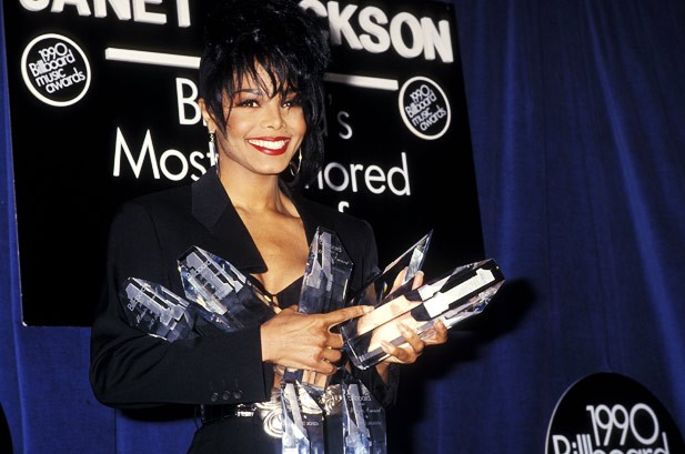 30 Memorable Moments From Past Billboard Music Awards