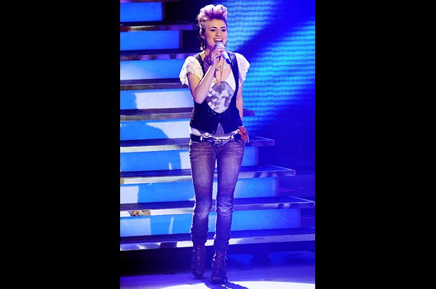 'Idol' Siobhan Magnus Calls Adam Lambert Comparisons 'Wicked Flattering'