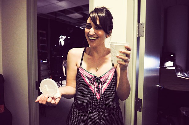 Sara Bareilles Switches Up 'Single Ladies'