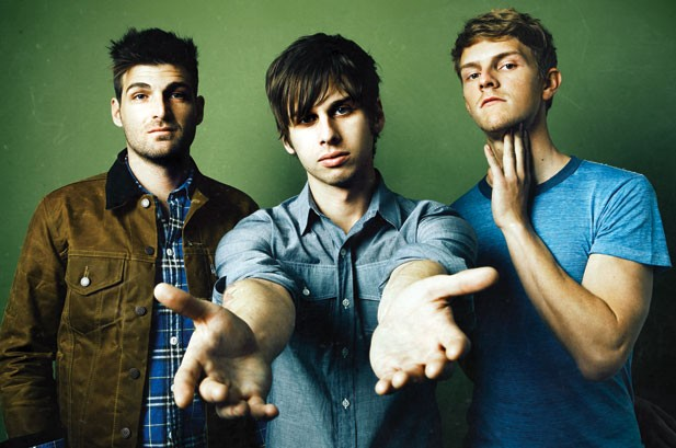 Foster the People Attracts Hipsters, Moms with 'Pumped Up Kicks' Single