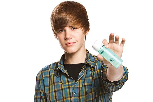 Justin Bieber Joins Proactiv's Zit-Geist