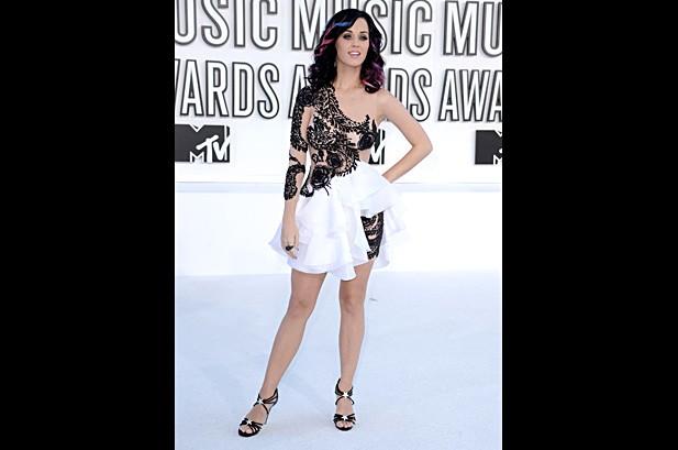 MTV VMAs Red Carpet Gallery 2010