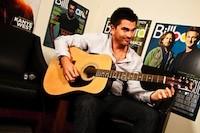 Juanes to Tape 'MTV Unplugged,' Juan Luis Guerra as Musical Director