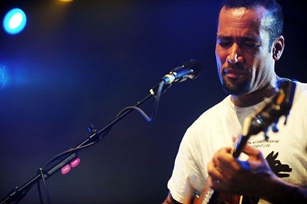 Ben Harper, Slipknot Debut, Don Omar Rockets Up, Beastie Boys Drop on Social 50