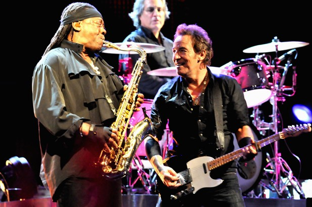 Bruce Springsteen Gives Surprise Clarence Clemons Tribute: Watch