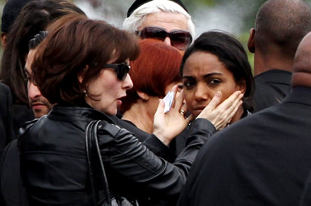 Amy Winehouse Funeral Brings Family and Friends Together