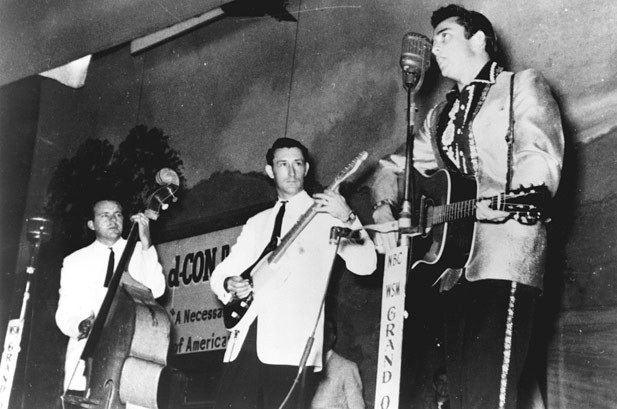 Marshall Grant, Who Brought 'Boom Chicka Boom' to Johnny Cash's Band, Dies  | Billboard