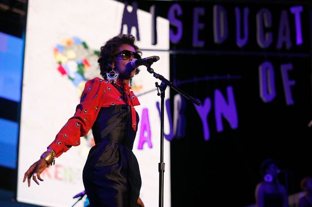 1197069-Lauryn-Hill-2011-Rock-the-Bells-617x409