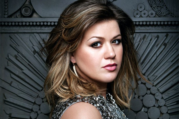 1206529-kelly-clarkson-617-409