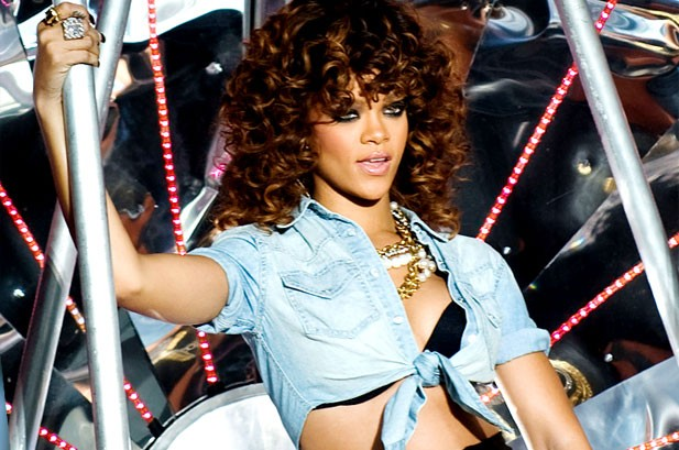 Rihanna's 'Love' Matches Her Longest Hot 100 Reign