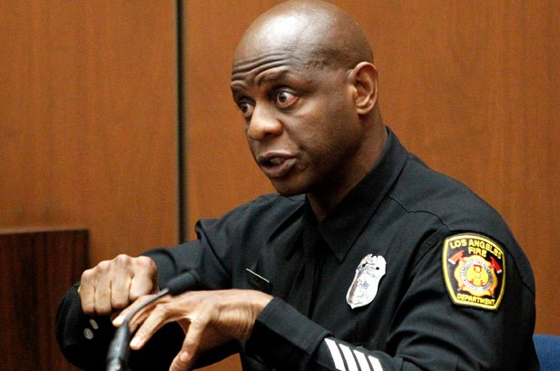Conrad Murray Called Girlfriend in Ambulance Ride With Jackson