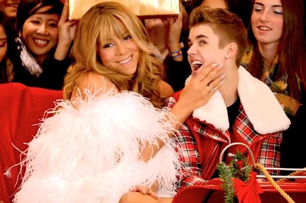 Justin Bieber Hangs 'Mistletoe' Atop Holiday Songs Chart