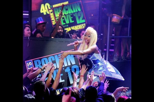 New Year's Eve: Gaga, Biebs, Nicki & More Ring In 2012