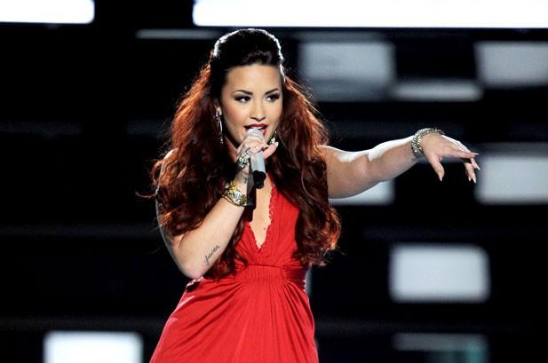 People's Choice Awards 2012: Katy Perry, Rihanna & Demi Lovato Win Big