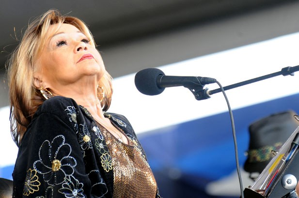 Honoring Etta James: 7 Famous Covers of 'At Last'