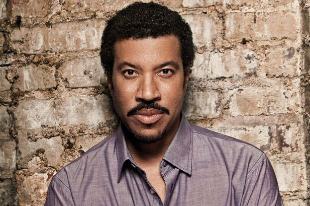 Lionel Richie's 'Tuskegee' Becomes Year's Second-Biggest Album
