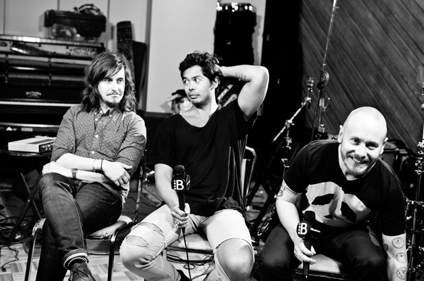 Photos: Behind the Scenes With Temper Trap