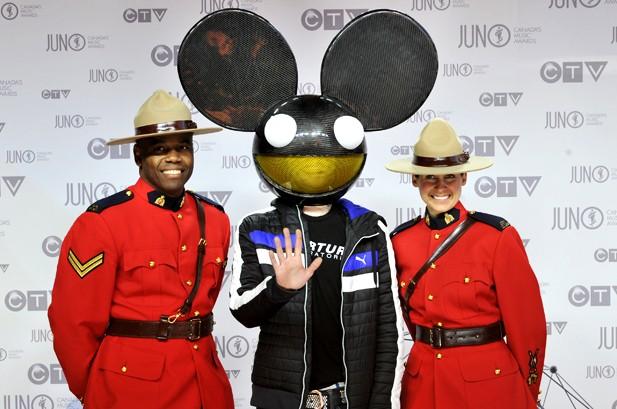Juno Awards: Feist, Michael Buble Win Big in Canada