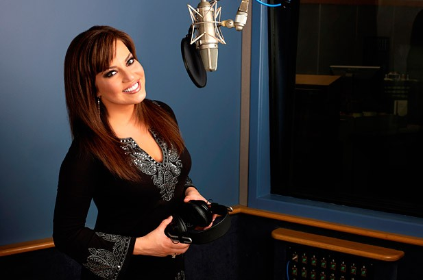 Robin Meade: From Cable News to Country