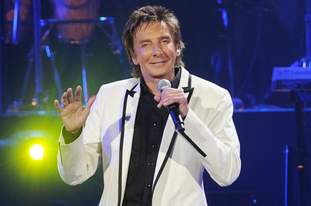 Barry Manilow Scores 50th Hit On Billboard's Adult Contemporary Chart