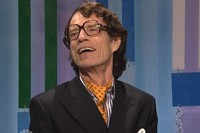 Mick Jagger on 'SNL': Performs With Foo Fighters, Sends Off Kristen Wiig in Season Finale