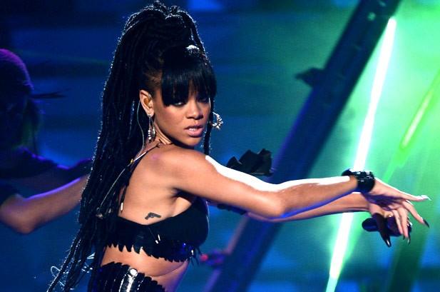 Rihanna Scores 22nd Hot 100 Top 10, Gotye No. 1 for Eighth Week