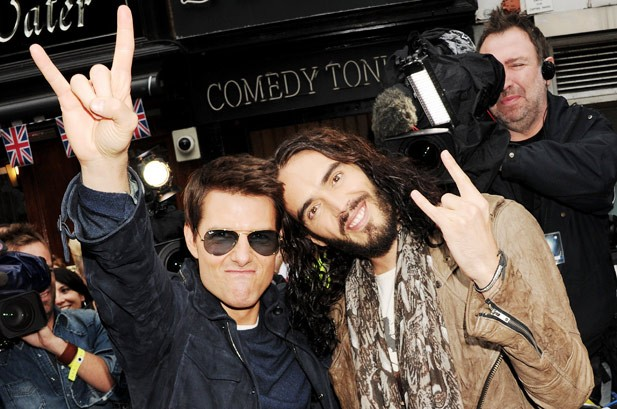 https://static.billboard.com/files/stylus/2239869-tom-cruise-russell-brand-rock-of-ages-617-409-compressed.jpg
