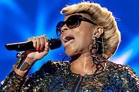 Mary J. Blige Embraces 'Betty & Coretta' Role: 'I'm Working My Way'