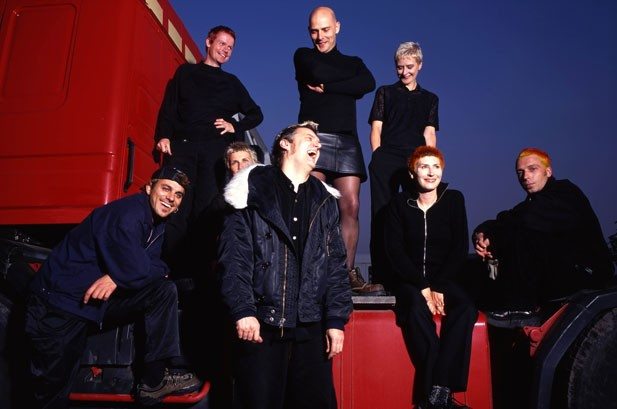 Chumbawamba Get Knocked Down, Break Up After 30 Years