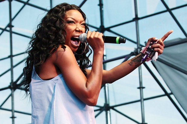 Chart Juice: Brandy's 'Put It Down' Marks Her First Top 10 in 10 Years