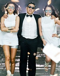 Psy Signs to Scooter Braun's Label, Will Appear at MTV VMAs