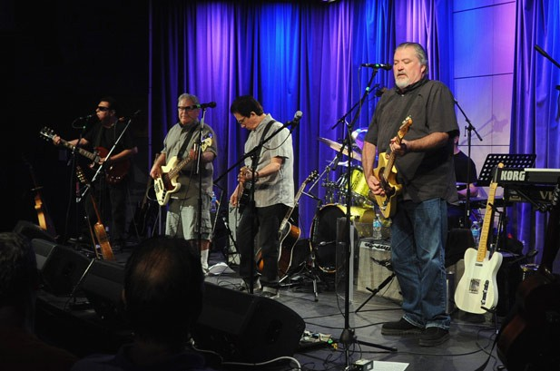 Los Lobos Celebrate 'Kiko' 20th Anniversary in L.A.