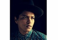 Chart Moves: Bruno Mars, Kelly Clarkson Scale Hot 100